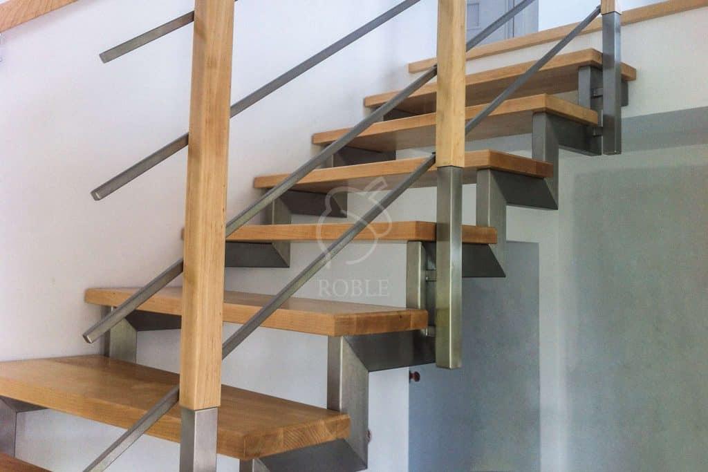 schody dwubelkowe