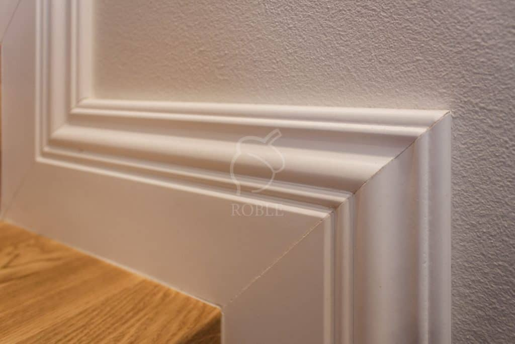 stylizowana listwa wykończeniowa do schodów