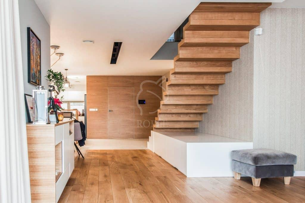 schody dywanowe jednobiegowe