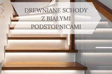 białe podstopnice w schodach